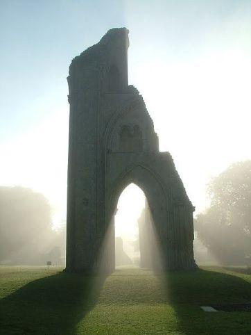 abadia de gLASBURY